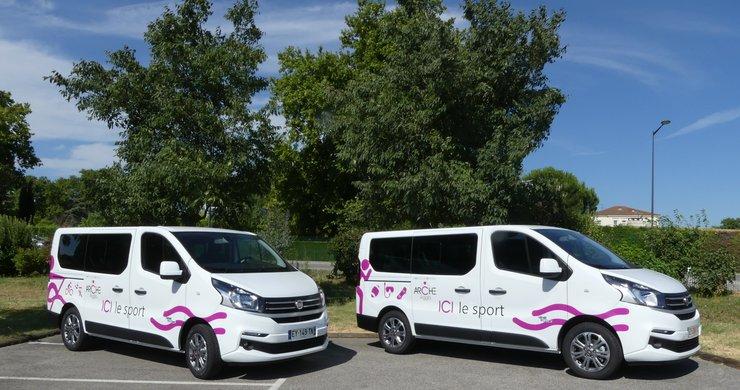 ARCHE Agglo prête des minibus aux associations sportives