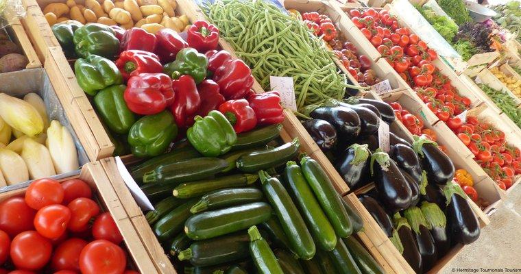 marché_place mairie_étables